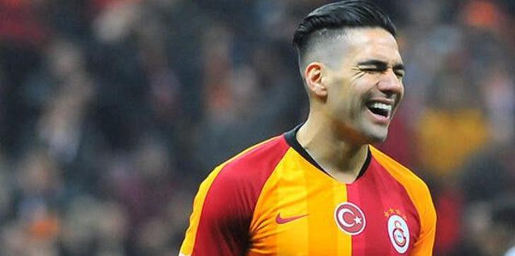 Galatasaray'da Radamel Falcao, Denizlispor maçında kadroda yer almadı