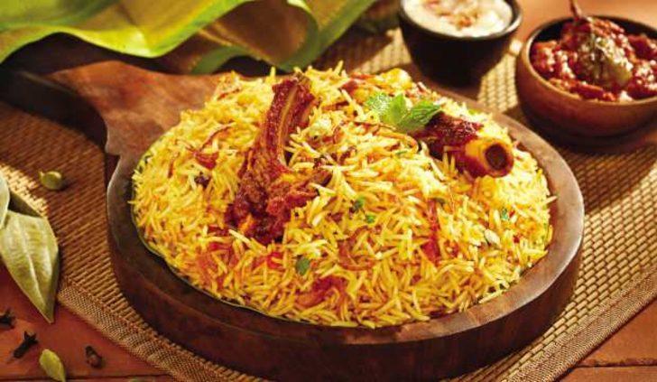 Pakistan'da Ramazan Bayramı sofralarını 'Biryani' yemeği süsleyecek