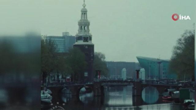 Ajax, şampiyonluk kupasını eritip taraftara dağıttı
