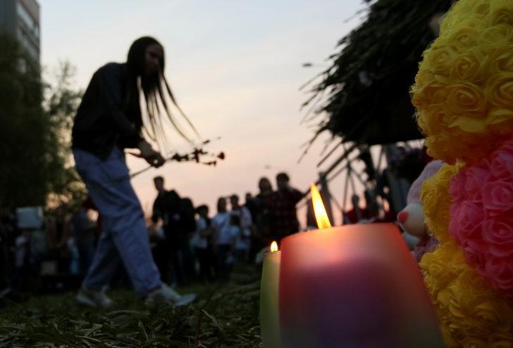 Dünyanın konuştuğu okul katliamının ardından ülke yasta!