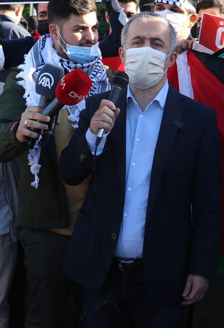 Sakarya'da Filistinli öğrenciler, İsrail'in Mescid-i Aksa'ya saldırılarını protesto etti