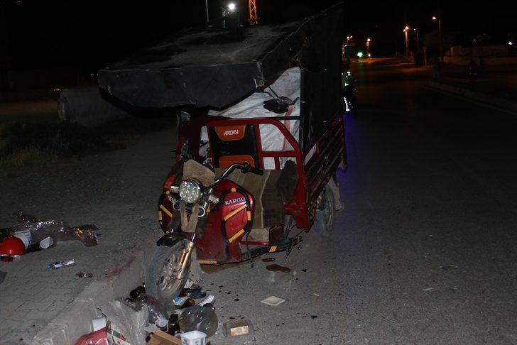 Hatay'da otomobille 3 tekerlekli motosiklet çarpıştı: 1 yaralı