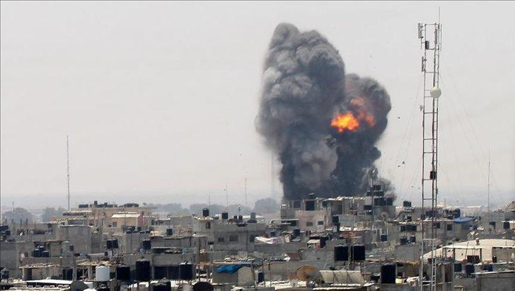 İsrail durmuyor! Savaş uçakları ve topçu birlikleriyle Gazze'ye yeni saldırı