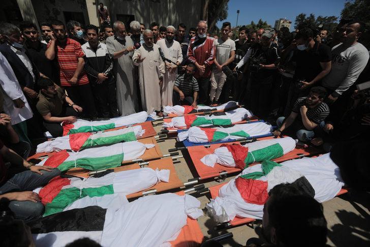 İsrail ordusunun Gazze'ye düzenlediği hava saldırısında aynı aileden 10 kişi hayatını kaybetti