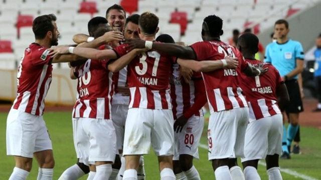 Sivasspor, Avrupa için kazandı!