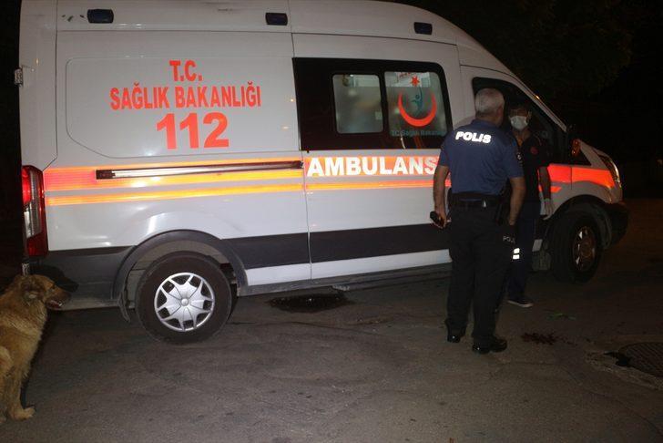 Adana'da çıkan bıçaklı kavgada biri kadın 3 kişi yaralandı