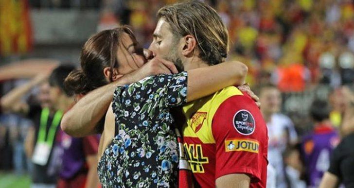 Ebru Şancı şans diledi kocası Alparslan Öztürk golü buldu