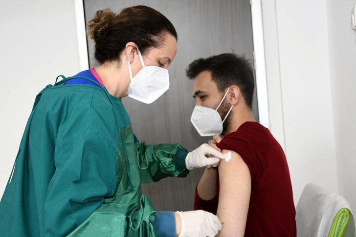 Koronavirüs aşısı olacaklara uyku uyarısı!