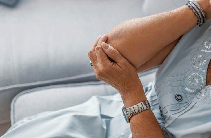Kol ağrısıyla gittiği hastanede kanser olduğunu öğrendi!