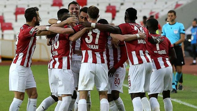 Sivasspor UEFA Konferans Ligi'nde mücadele edecek