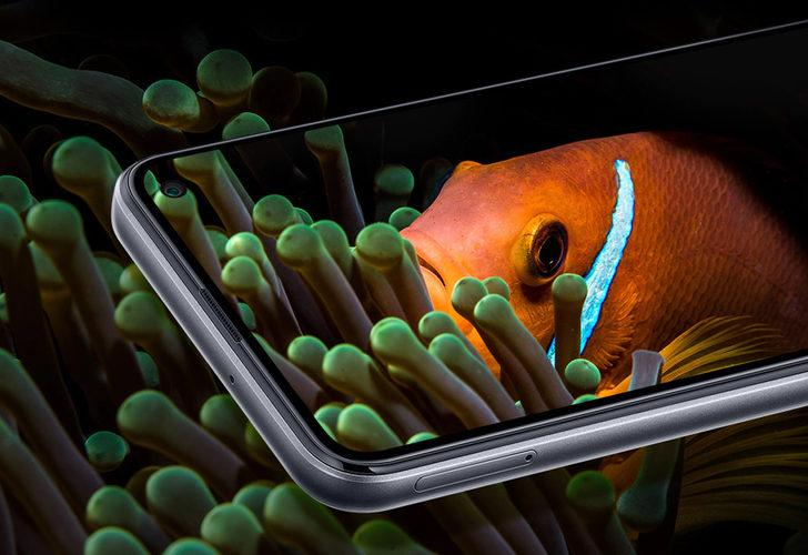 Samsung Galaxy F52 5G tanıtıldı! İşte fiyatı ve özellikleri