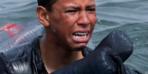 Göçmen çocuk pet şişeyle yüzerek İspanya'ya ulaştı