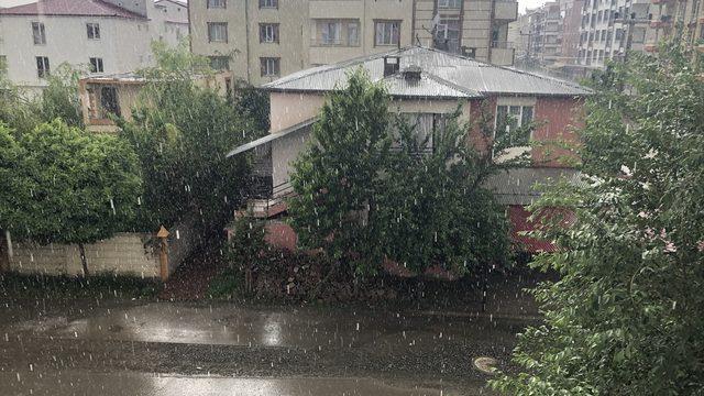 Erzurum'da dolu, Ağrı, Kars ve Iğdır'da sağanak etkili oldu