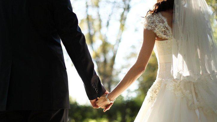 Maaşın 12 katı yardım yapılıyor! SGK evlenme ikramiyesinin detaylarını açıkladı