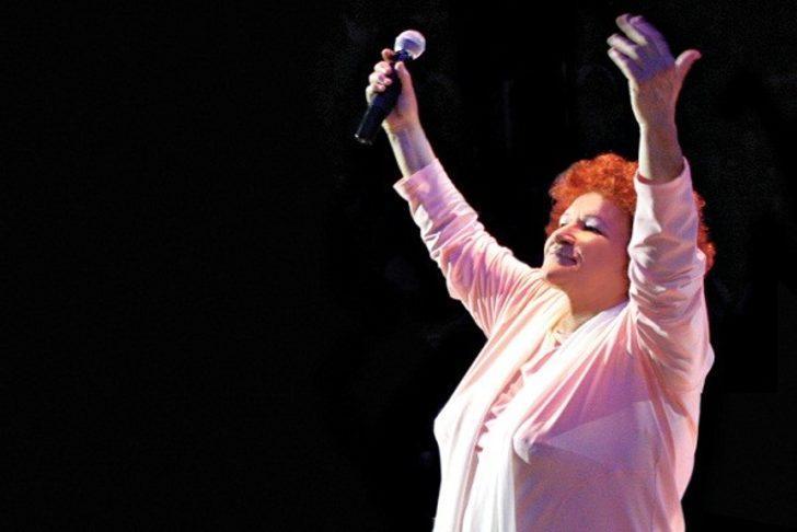 45 Yıllık Kariyerinde Dünyada Sahne Aldığı Festivallerle Selda Bağcan
