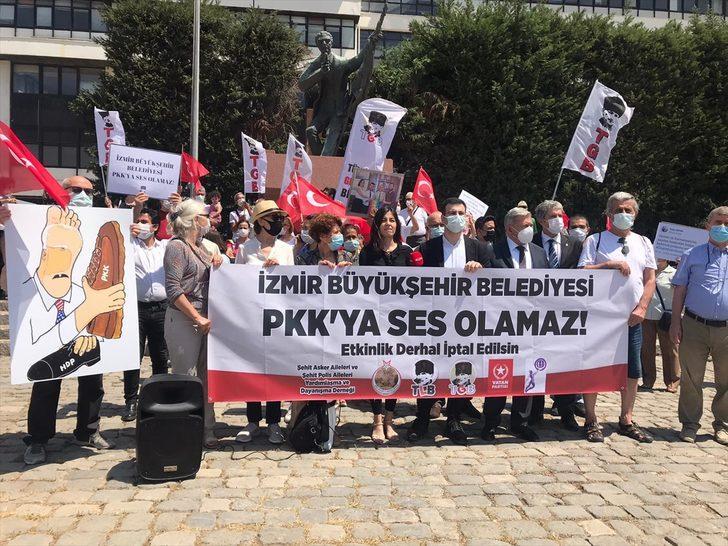 İzmir'de, Sloven sosyolog Slovaj Zizek'in kitap günlerine davet edilmesi protesto edildi