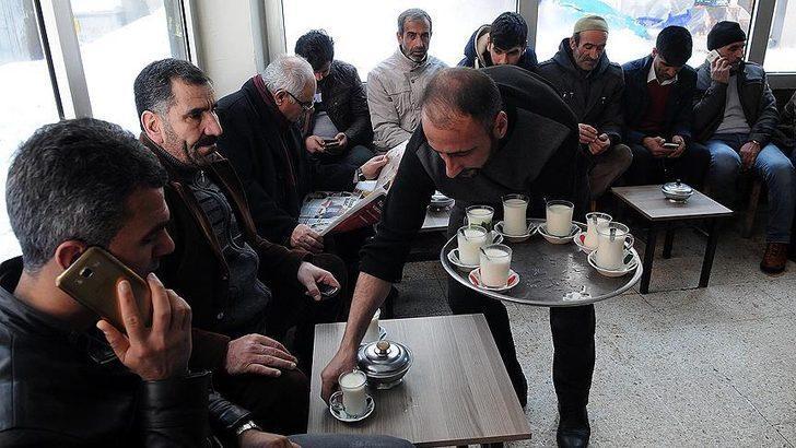 Kahvehanelerde Okey ve kağıt oyunu oynanıyor mu? Kahvelerde oyun oynamak yasak mı?