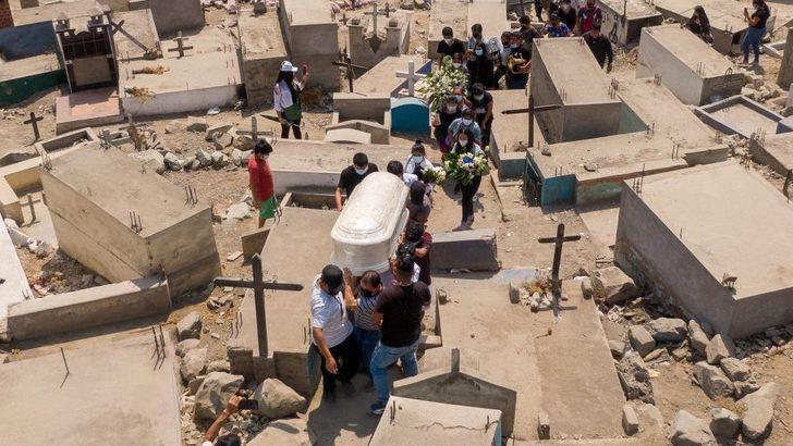 Covid: Peru ölü sayısını güncelledi, salgında nüfusa oranla can kaybında ikinci sıraya yükseldi
