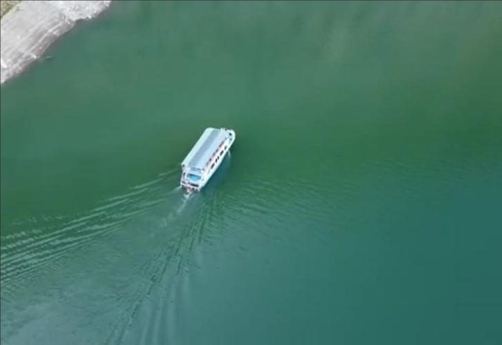 Akdeniz kanyonlarının tahtını sallayacak Botan Çayı'nda tekne turları başladı! Turistler adeta akın etti
