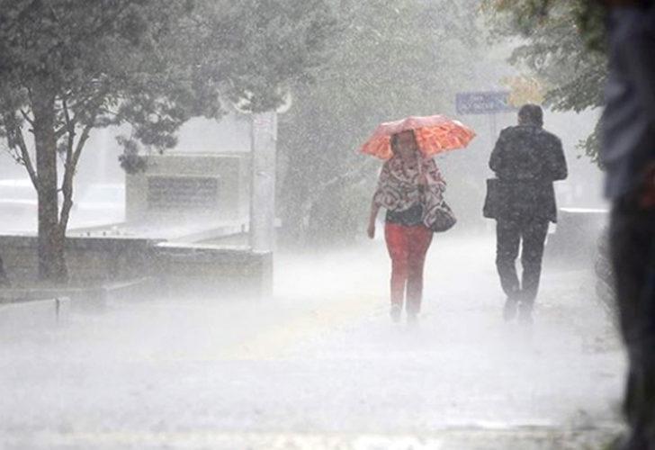 Meteoroloji'den önemli uyarı! Karadeniz, Akdeniz ve Marmara'nın doğusunda kuvvetli yağış bekleniyor
