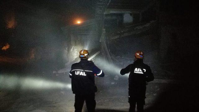 Kastamonu'da çöken evin altında kalan keçiyi itfaiye ve AFAD kurtardı