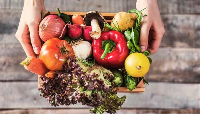 Koronavirüsten korunmak için renkli beslenin! Mor, kırmızı ve yeşil besinlere yönelin