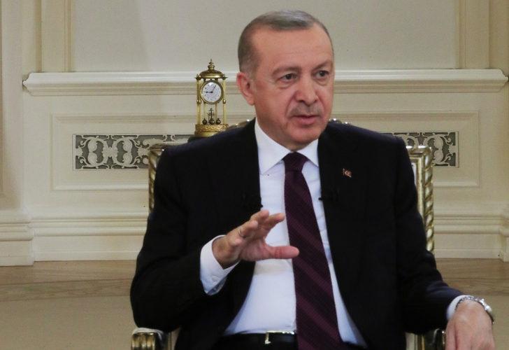 Cumhurbaşkanı Erdoğan'ın TRT yayınında dikkat çeken saat detayı