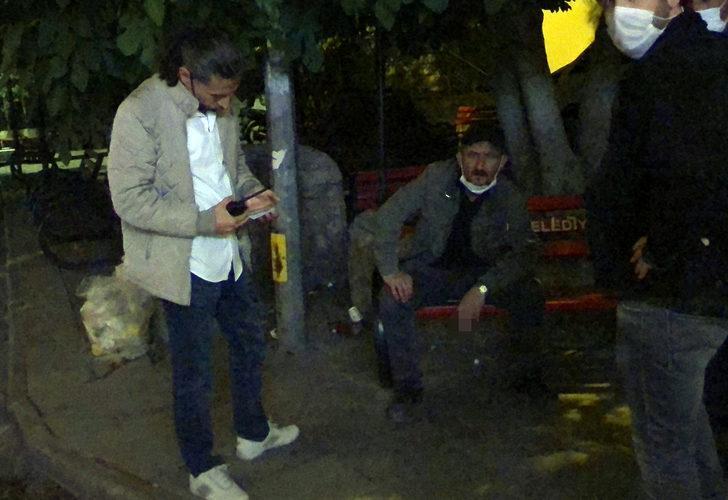 Fazla çay içme yüzünden arkadaşını bıçakladı, banka oturup sigara içti