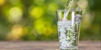 Bir bardak su ile tüm negatif enerjiyi görebilirsiniz