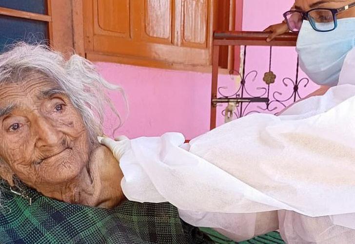 Dünyanın en yaşlı insanı! 124 yaşındaki Hintli kadın koronavirüs aşısı oldu