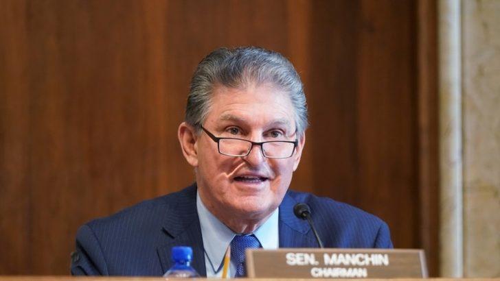 Manchin'den Demokratlar'ın Seçim Yasası Planına Darbe