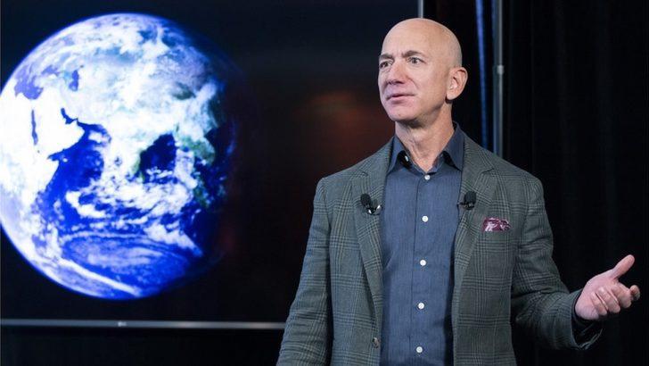 Jeff Bezos, Temmuz'da kardeşiyle uzaya gideceğini açıkladı