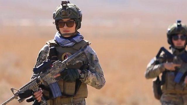 Afganıstan'da kadın polisler