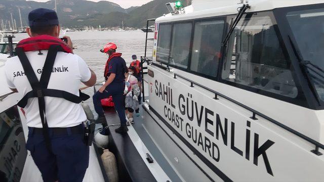 Fethiye'de aslan balığına basan kişi hastaneye kaldırıldı