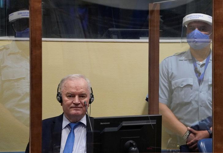 """Son dakika! """"Bosna Kasabı"""" lakaplı Mladic'in müebbet hapis cezası onandı"""