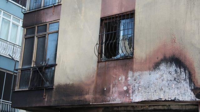 Antalya'da bir evde meydana gelen patlamanın ardından çıkan yangında bir kişi yaralandı