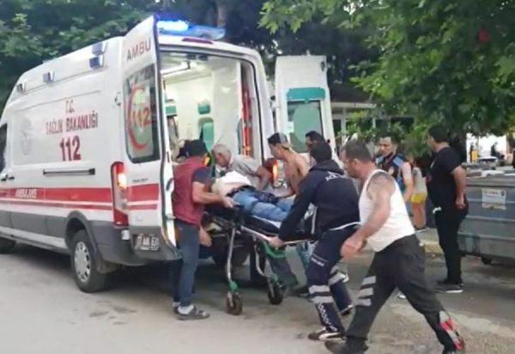 Minibüsçülerin kavgası kanlı bitti! Ensesinden bıçaklayıp öldürdü