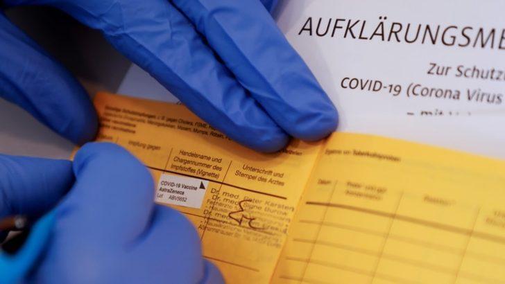 Almanya'da Pazartesi Günü Dijital Aşı Karnesi Uygulaması Başlıyor