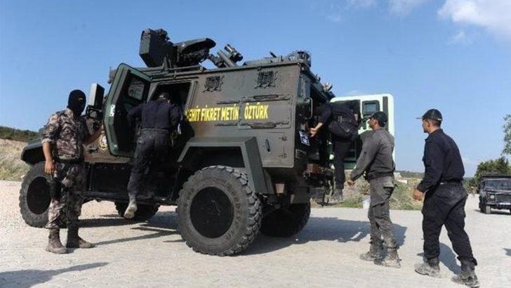 Özel Harekat polisleri kaza yaptı! Şehit ve yaralılar var