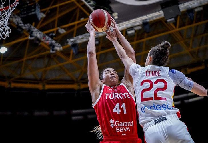 A Milli Kadın Basketbol Takımı, İspanya'ya yenildi