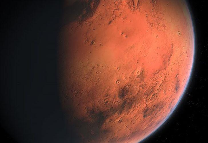 Çin'in Mars aracı Curong, Kızıl Gezegen'den fotoğraf gönderdi