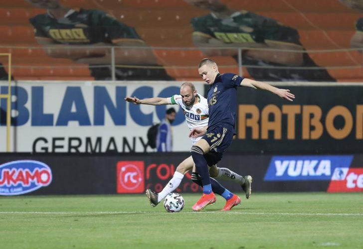 Attila Szalai'ye Premier Lig'den iki talip