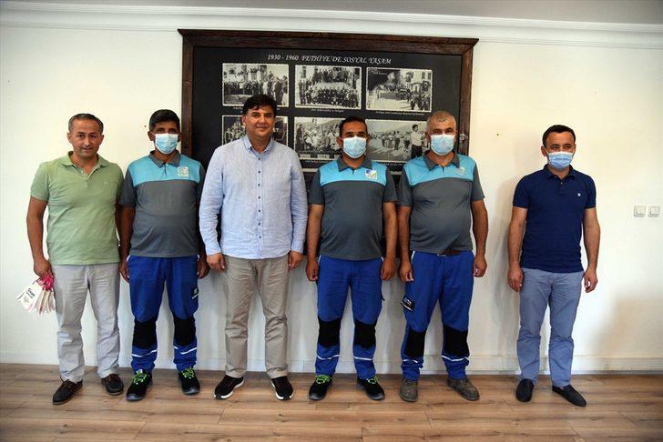 Muğla'da temizlik işçilerinin iki ayrı yerde bulduğu paralar sahiplerine teslim edildi