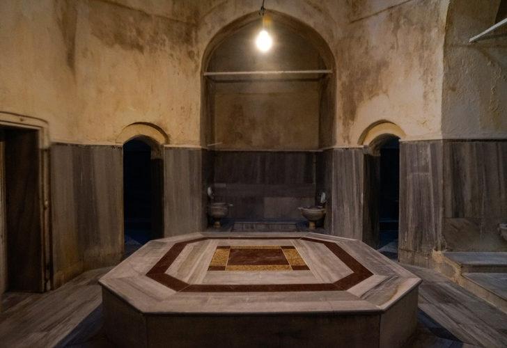 Fatih'teki tarihi hamam 29 milyondan satışta