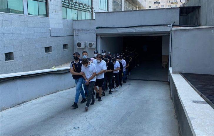 Mersin merkezli 18 ilde yasa dışı bahis operasyonunda yakalanan 89 zanlıdan 35'i tutuklandı