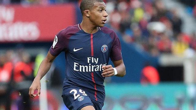 Kylian Mbappe'den transfer açıklaması
