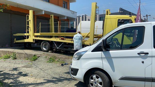 Samsun'da taşıyıcı tırın kat arasında kalan işçi hayatını kaybetti