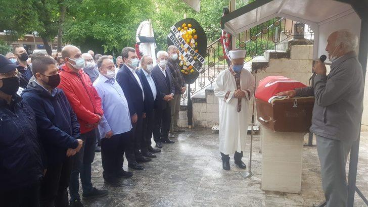 Eski İzmir Milletvekili Ahmet Süter son yolculuğuna uğurlandı