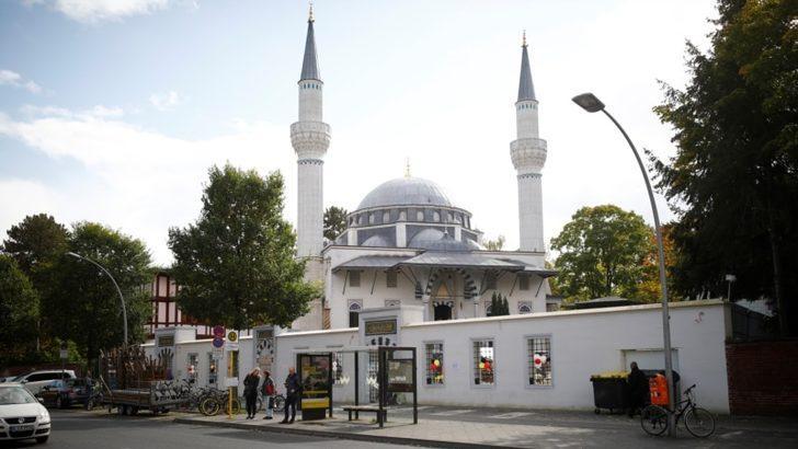 """Almanya'da Almanca İmam Eğitimi Verecek """"İslam Koleji"""" Açıldı"""