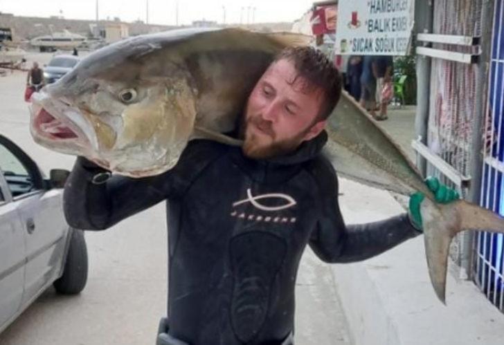 Oltasına takılanı görünce gözlerine inanamadı: 37 kilo ağırlığında, 1,5 metre!